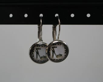 Stud Earrings with cabochon