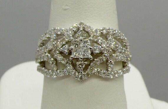 Vintage Princess Cut Diamond Snowflake Design 18k White Gold Lady's Right-Hand Ring