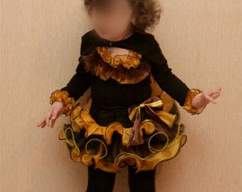 Bee Costume with wings Bumblebee Costume for girl Little Bee Skirt Bee Wings Bumblebee girl toddler costume
