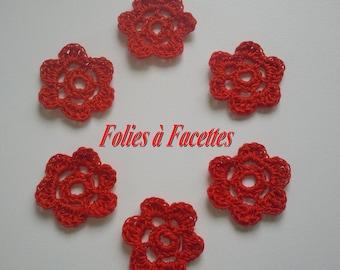 Fleurs rouges pour scrapbooking au crochet en coton