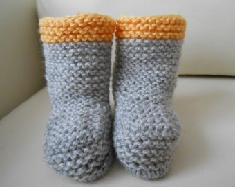 Baby birth style boots light grey and mustard knit booties