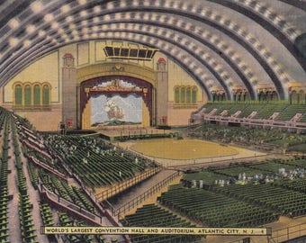 Atlantic City, New Jersey Vintage Postcard - Convention Hall and Auditorium, Boardwalk Hall