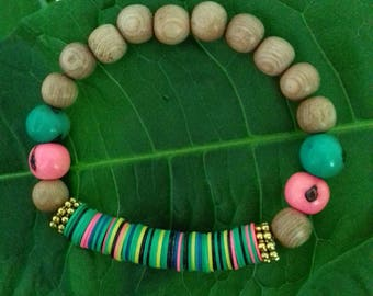 Rosewood, seeds of acai and African vinyl bracelet
