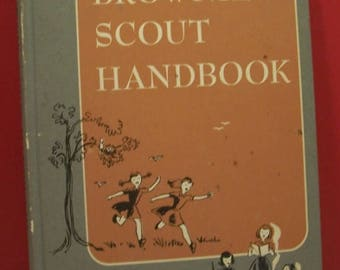 May 1961 22nd Impression 1951 Copyright - Brownie Scout Handbook