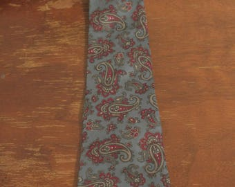 Vintage Wembley Paisley All Silk Tie / Men's