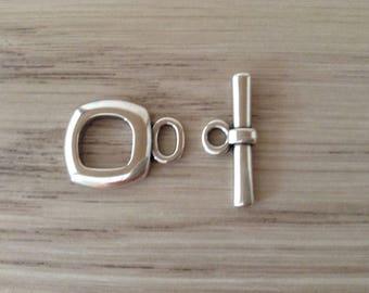 17 mm silver square toggle clasp