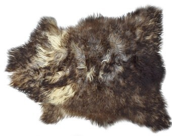 """Authentic Long Wool Sheepskin Pelt, Natural Soft Wool Sheepskin Throw, Ethically Sourced in Europe, Brown, 2'6"""" x 3'3"""""""