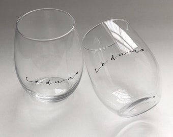 Individual, Personalized Stemless Wine Glasses, Script, Te Dua Glasses, Albanian Albania Wine Glass, Albanian Gift, Albanian Couple, Black