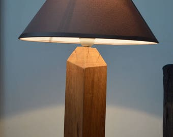 Lamp shape pencil in oak