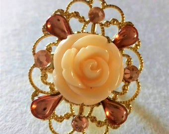 Adjustable ring with Rose
