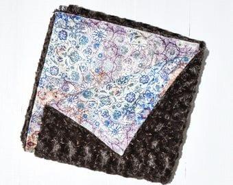 Swirl faux fur blanket