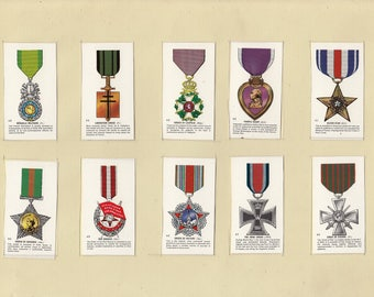 Set of 10 Military Cigarette Cards (108)