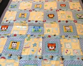Zoo animal bany quilt