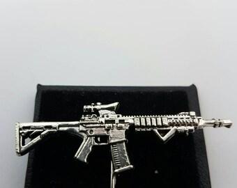 M4 rifle lapel pin