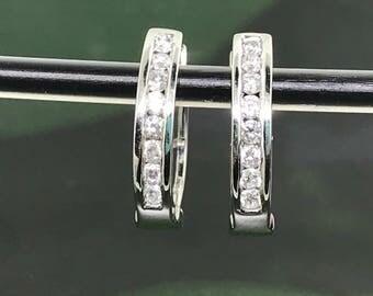 Pretty White Gold and Diamonds Hoop Earrings - 14 K YG 0.50 carats hoop earrings - Gold and Diamonds Hoop Earrings