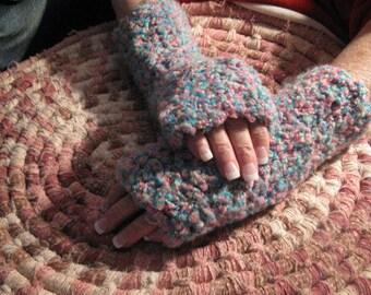 Fingerless gloves,  Handmade. Crochet Gloves, Driving gloves, Crochet Wrist Warmers  PC124