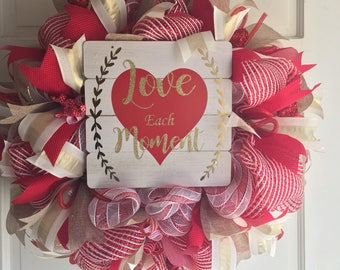Valentine day wreath! Valentines day gift, deco mesh wreath, Red Heart Wreath, Romantic Wreath, deco mesh , Valentines decor, Valentines day