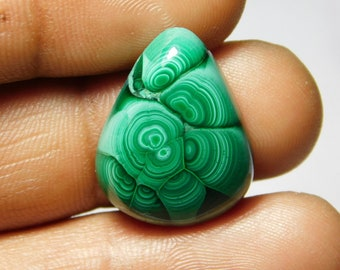 Awesome Malachite Cabochon,Loose Stone,Gemstone,Gorgeous Malachite Cabochon Excellent Gemstone 100%Natural 25.70cts.(23x17x5)mm