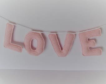 Chain of names up to 4 letters in 3d crochet