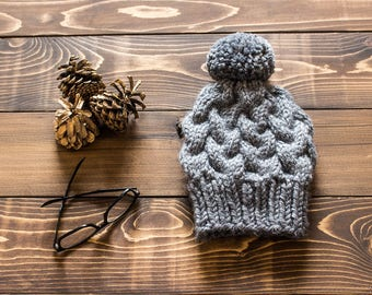 The HIGHWOOD Cable Knit Hat