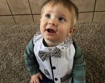 Tuxedo baby bib