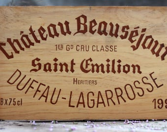 French wine crate front SAINT-EMILION CHATEAU. Wine Bordeaux. Vins de Bordeaux. French wine panel. French wine dedor. Wine panel. Wine decor