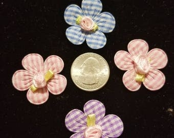 Cute Padded Applique Gingham Flower with Rose in Center 20 Pieces for sewing/doll making/hairbow/scrapbooking/crafts, etc.