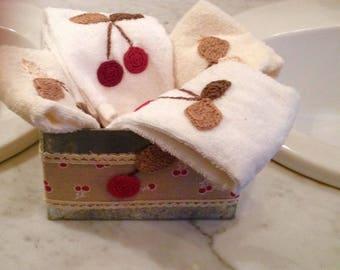 Sponges decor cherry with tin box