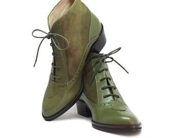 Fanny Kiwi, Cuban-style heeled ankle boots with laces and elegant decorative leather fringe