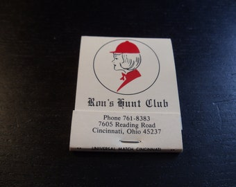 Ron's Hunt Club Cincinnati, OH Matchbook (Unstruck)
