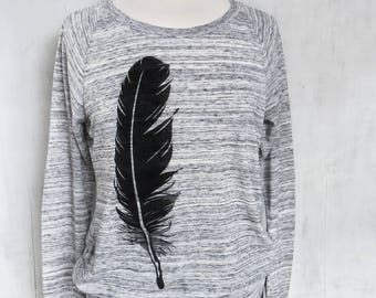 Feather Lightweight Sweatshirt, Sweatshirt Women, Gift for Women, Black Feather Sweatshirt, Cute Sweatshirt, Bird Sweatshirt