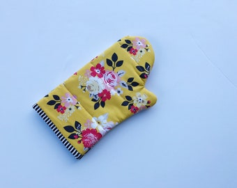 SALE yellow floral oven mitt