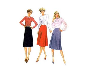 SALE Misses Front Wrapped Skirts McCalls 7634 Vintage Sewing Pattern Size 16 Waist 30 UNCUT