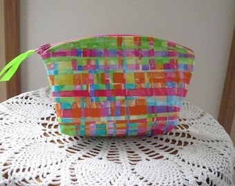 Daydreams Abstract Modern Plaid Cosmetic Bag Clutch Purse Essential Oil Case