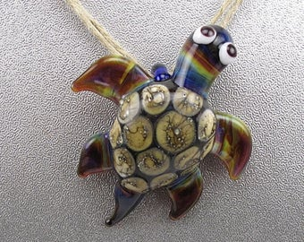 ON SALE Handmade Lampwork Glass Turtle Pendant by Jason Powers SRA