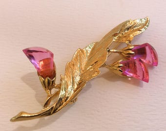 Pink Lucite or Plastic Lily / Lilly Brooch / Pin