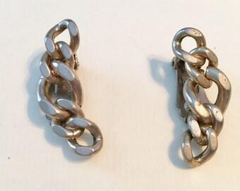 Vintage 1950s Marke Maxann Earrings - Clip On - Chunky Chain - Signed Maxann - Silvertone Earrings
