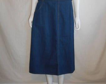 SALE 25% off SALE 70's 80's Vintage Levis dark blue Jean Skirt