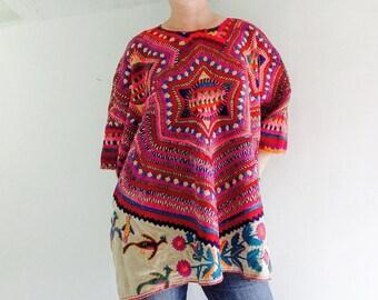 Vintage San Mateo Ixtatan Hand-Embroidered Guatemalan Huipil V Good Condition