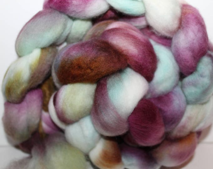 Kettle Dyed Merino Wool Top. Super fine. 19 micron  Soft and easy to spin. 4oz  Braid. Spin. Felt. Roving. M242