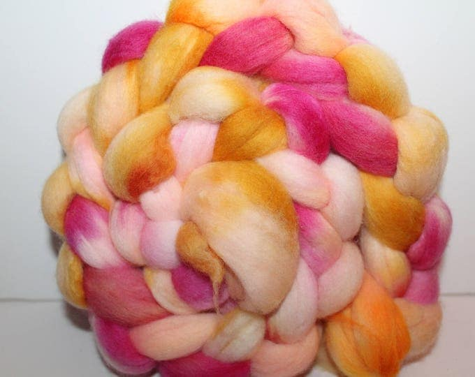 Kettle Dyed Merino Wool Top. Super fine. 19 micron  Soft and easy to spin. 4oz  Braid. Spin. Felt. Roving. M264