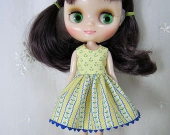 Middie Blythe Dress, Tiny Blue Flowers on Yellow
