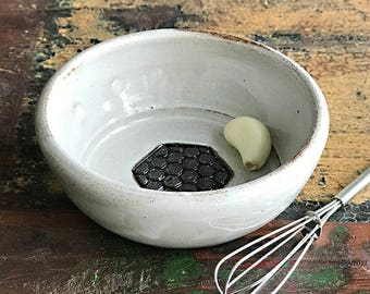 Ceramic Garlic Grater Bowl - Garlic Grater Dish - Ginger Grater