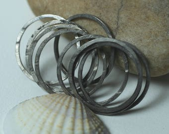 Hand hammered antique silver tone round link O ring connector size aprox 18mm outer diameter, 10 pcs (item ID YWFA00009BBEK)