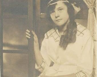 vintage photo 1914 Pre Teen Girl Headband Ringlet Hair RPPC