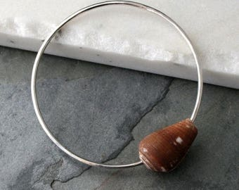 ON SALE 35% Off Sterling Silver Bangle, Hawaiian Jewelry, Brown Orange Cone Shell, Hammered Bracelet, Sea Shell Summer Ocean Jewelry Resort