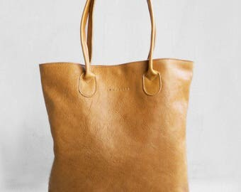 The Essential Tote in Butterscotch/ Leather Tote Bag  /Camel Brown Tote Bag /Tote Bag /Women's Handbag /Brown Leather Tote / Leather Handbag