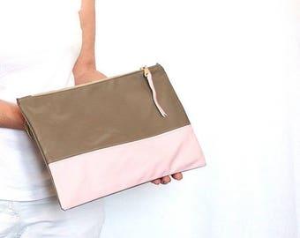 ON SALE Mocha Pink vinyl clutch bag, women purse