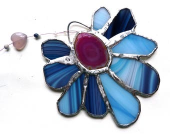 Hoppin' - Lovely Stained Glass Flower Suncatcher with Agate Centerpiece