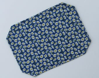 Placemat, Reversible, Insulated, Daisies, Navy and White, Flowers, Table Linens, Table Placemats, Single Placemat, Order What You Need